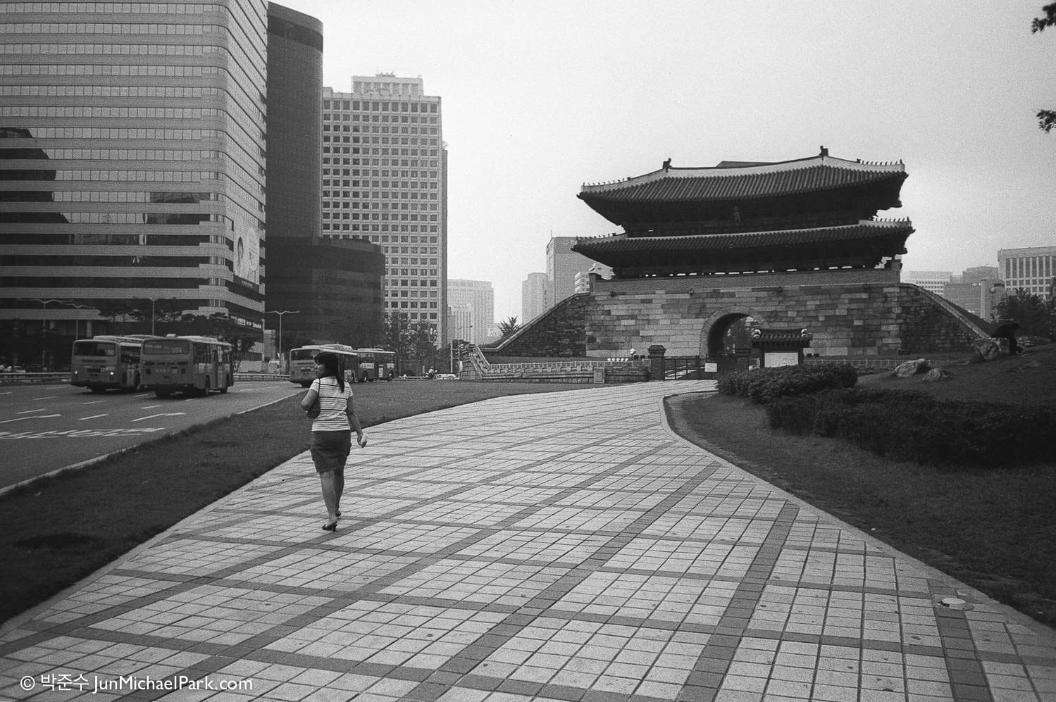 fragments-of-seoul-10