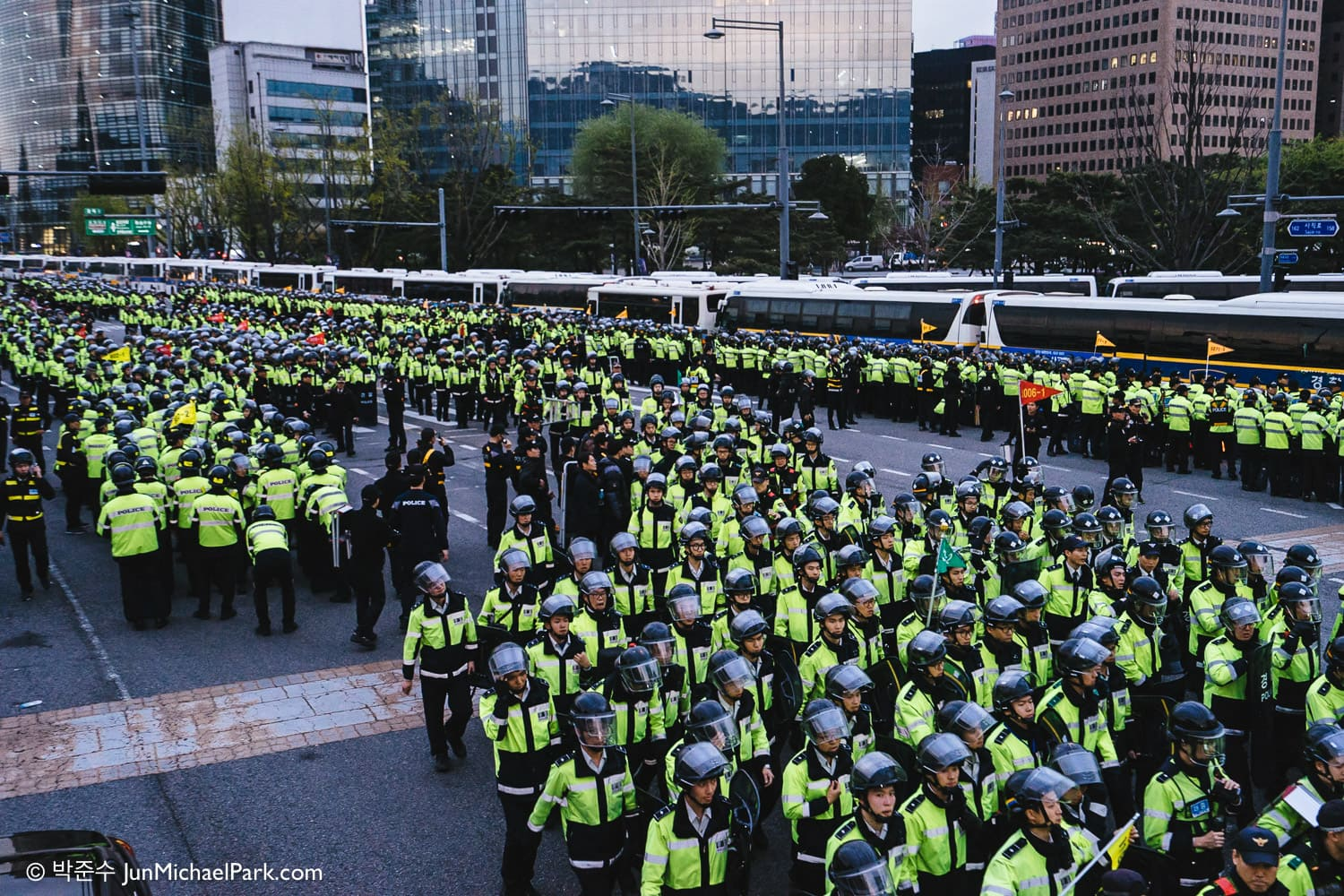 Police forces in riot gear are dispatched to suppress a demonstration in downtown Seoul around the one year anniversary of the Sewol ferry sinking. The Seoul Metropolitan Police Agency later confirmed that 20,000 police forces were deployed. April 18, 2015.